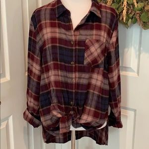 Flannel shirt ties in front, long back, so soft